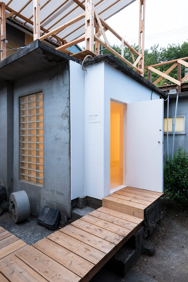 kumagusuku in 小豆島: KYOTO ART HOSTEL kumagusukuが手掛けた家です。