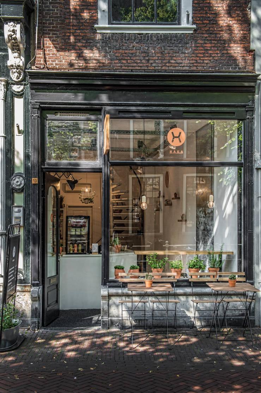 Haka Pure Salad Bar :  Gastronomie door Design Studio Nu, Industrieel