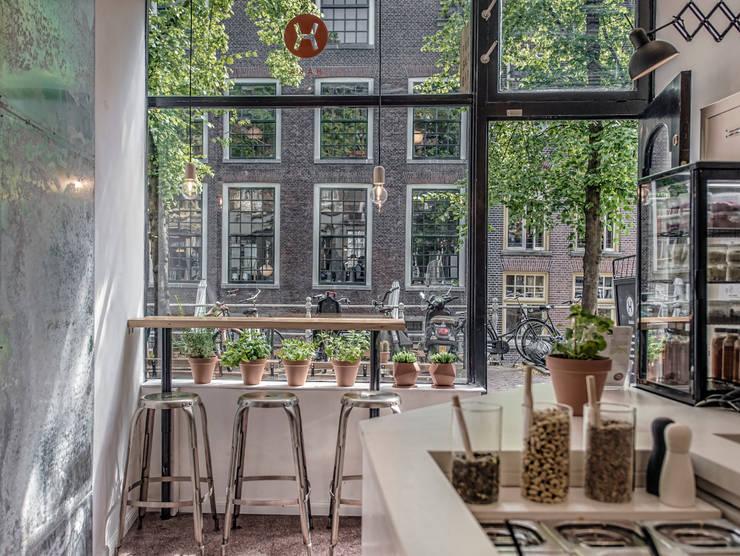 Haka Pure Salad Bar:  Gastronomie door Design Studio Nu, Industrieel