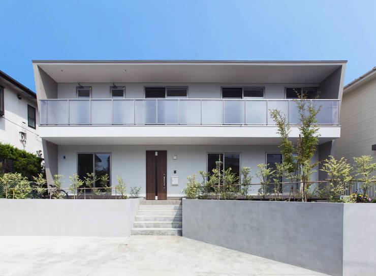 外観: 秦野浩司建築設計事務所が手掛けた家です。