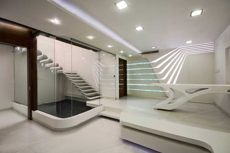 S-House:  Dining room by SDeG