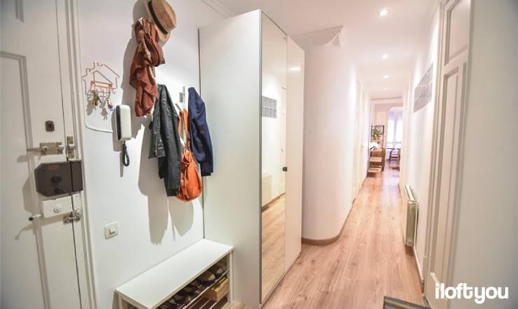 Pasillos, vestíbulos y escaleras  de estilo  por iloftyou