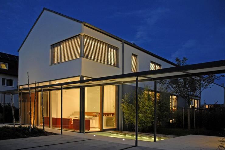 Case in stile in stile Moderno di Herzog-Architektur