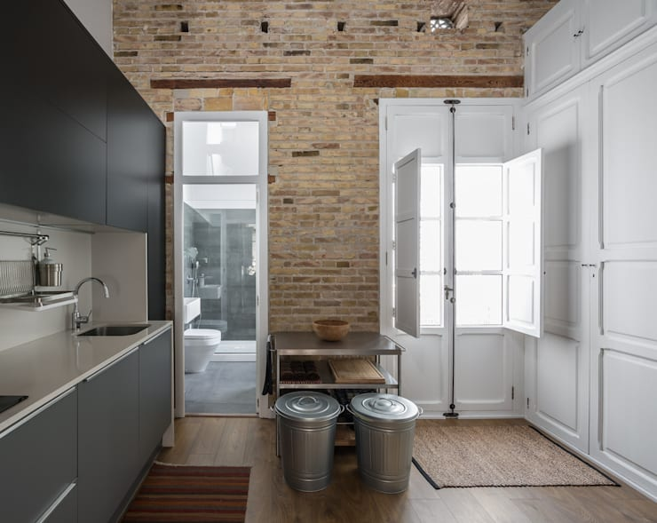 Cucina in stile in stile Moderno di ambau taller d´arquitectes
