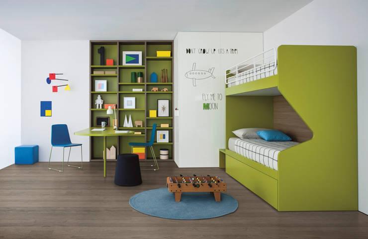 NIDI MOOVING : idee salvaspazio ROOM#6: Stanza dei bambini in stile in stile Moderno di Nidi