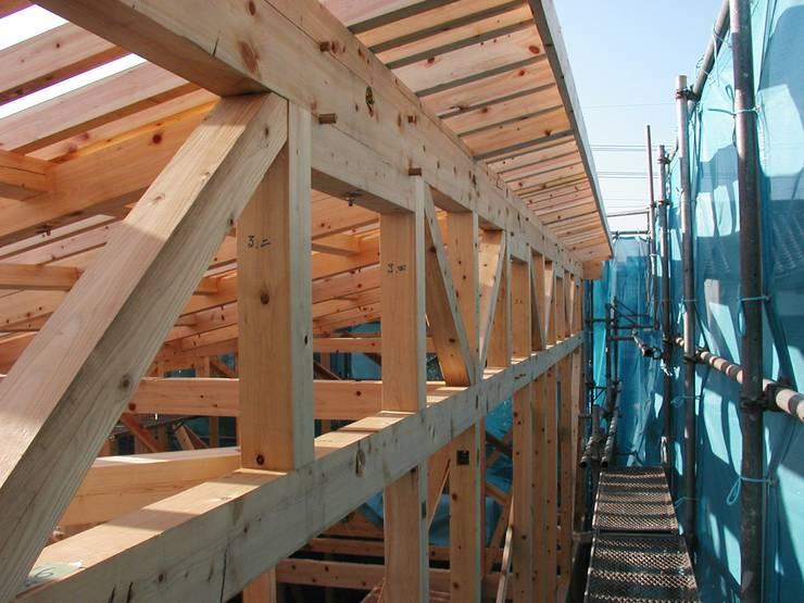 振隅と隅木の建物 オリジナルな 家 の 木造トラス研究所・株式会社 合掌 オリジナル