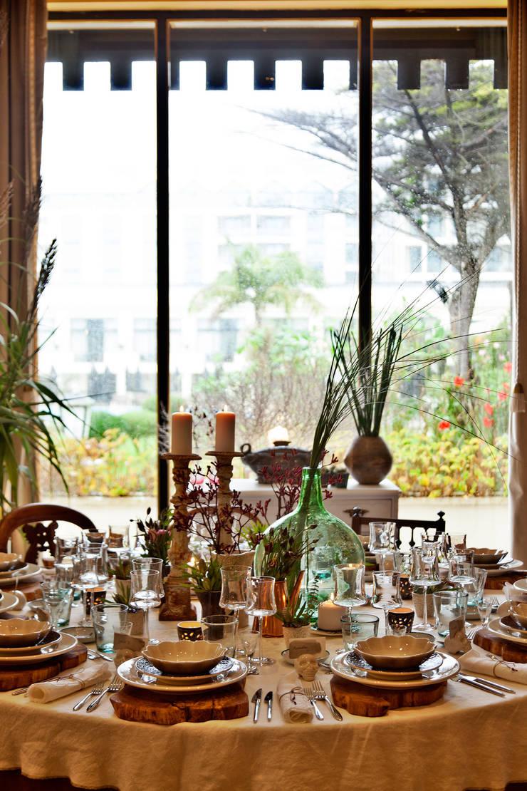 """""""Comporta/Estocolmo"""" - A Festa das Mesas 2015: Espaços de restauração  por Tiago Patricio Rodrigues, Arquitectura e Interiores"""