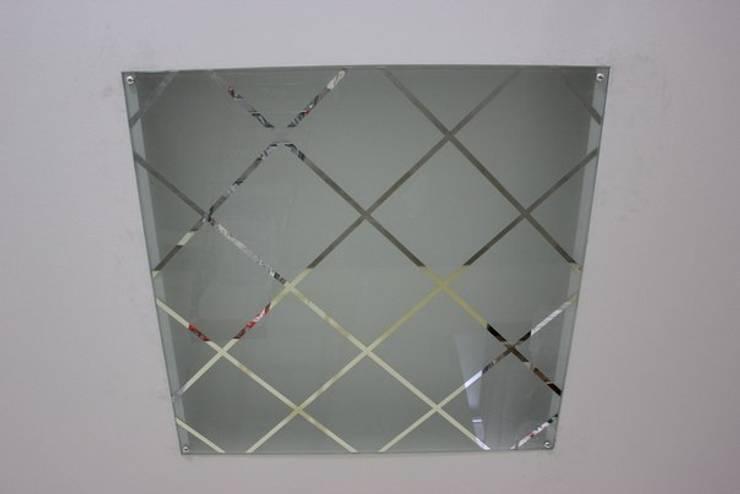 Зеркальный потолок: Кухня в . Автор – ReflectArt,