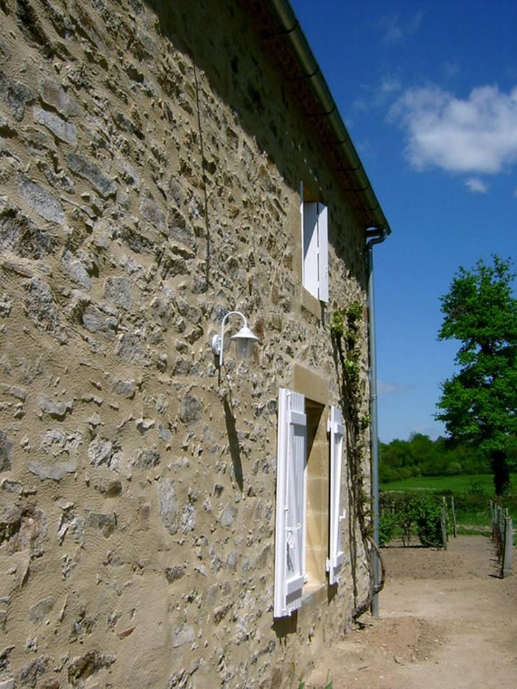Casa Les Galeries- Boué Arquitectos : Casas de estilo  por Boué Arquitectos