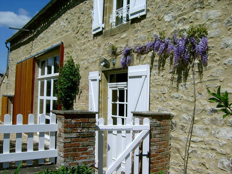 Casa Les Galeries- Boué Arquitectos : Casas de estilo rústico por Boué Arquitectos