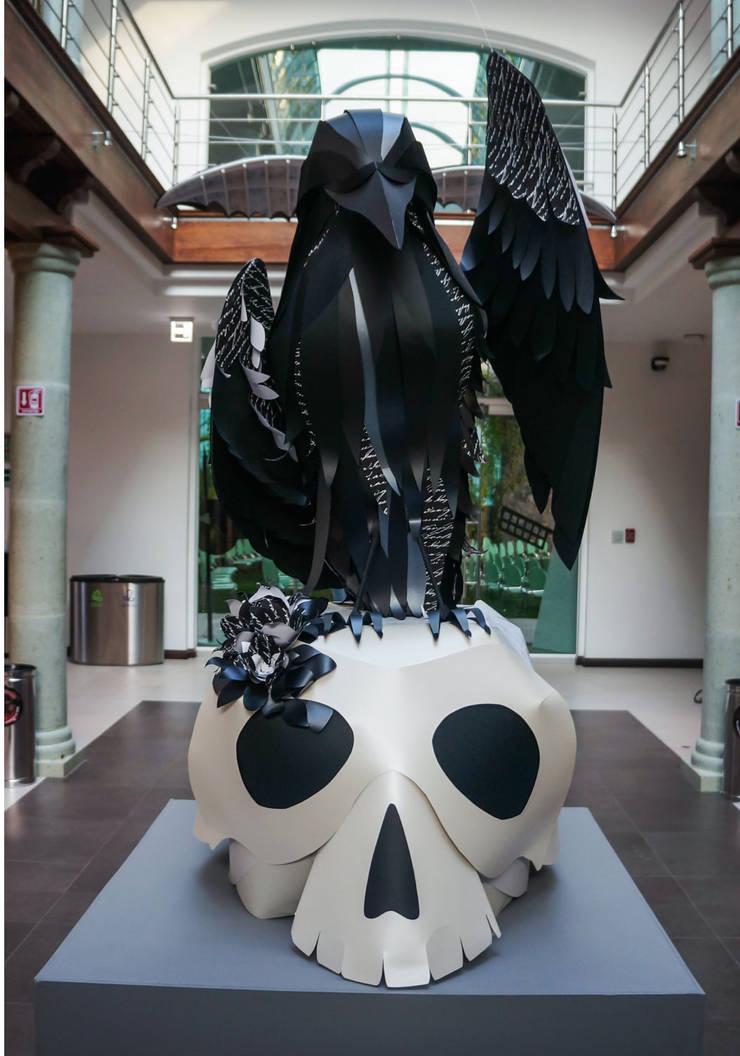 Centro Cultural Pedro López: Recámaras de estilo  por AMOATO STUDIO SA DE CV