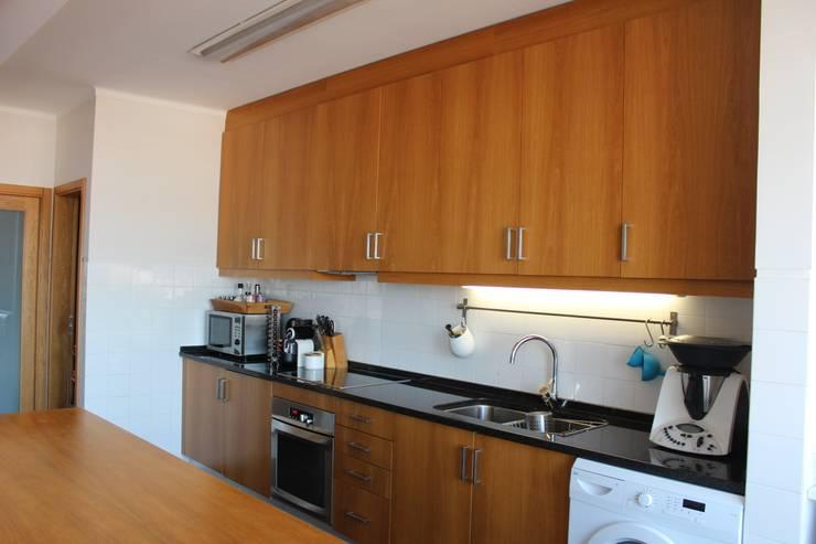 Cozinha: Cozinhas  por Casa do Páteo