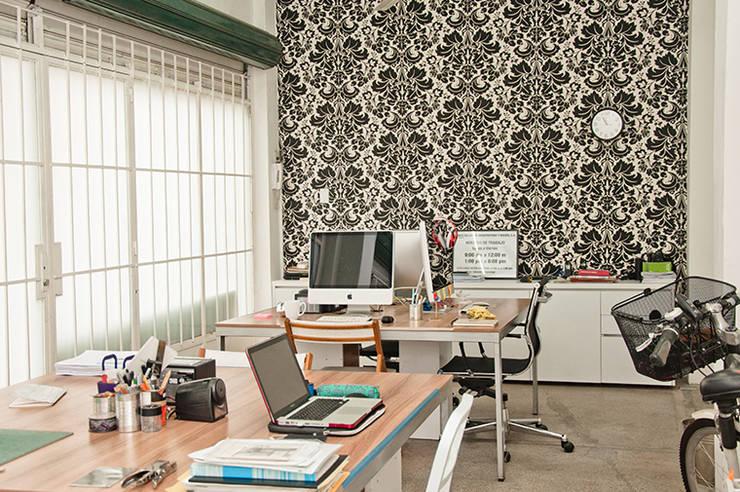 Oficina Punch TAD: Oficinas de estilo  por PUNCH TAD