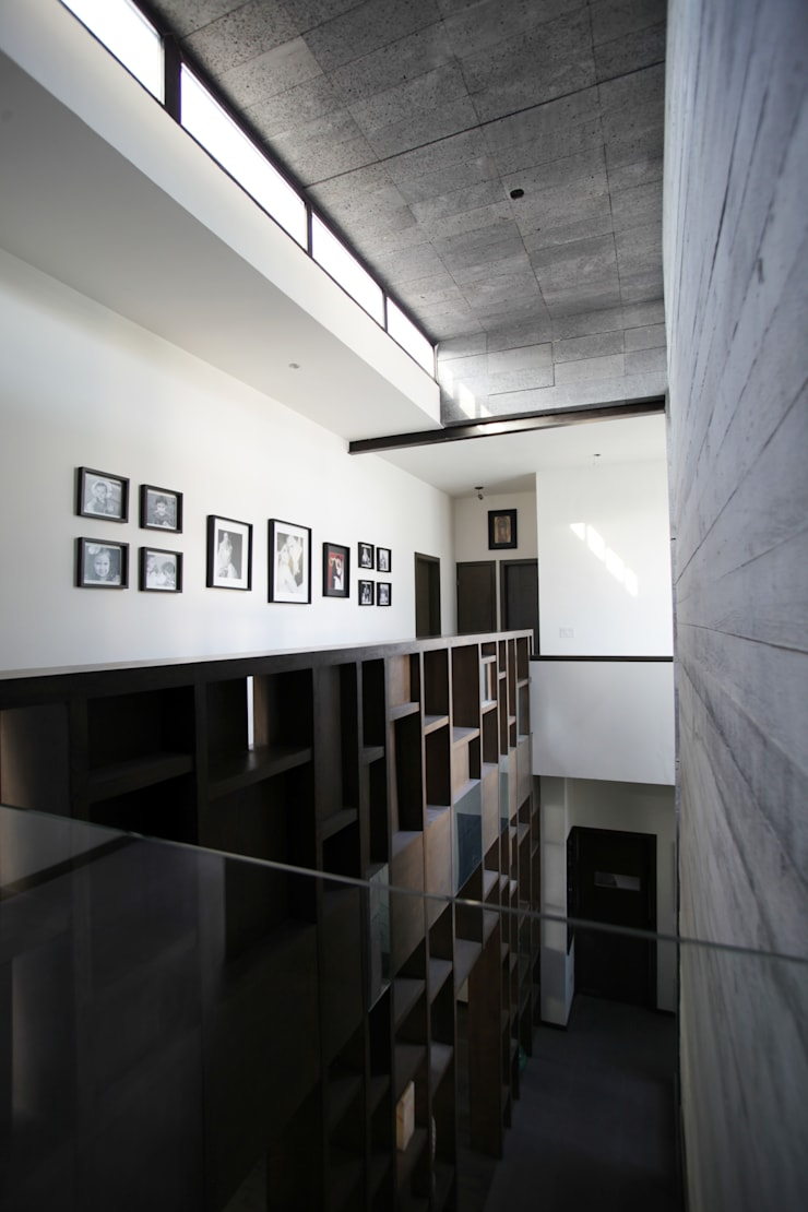 WRKSHP arquitectura/urbanismo:  tarz Koridor ve Hol, Modern Taş