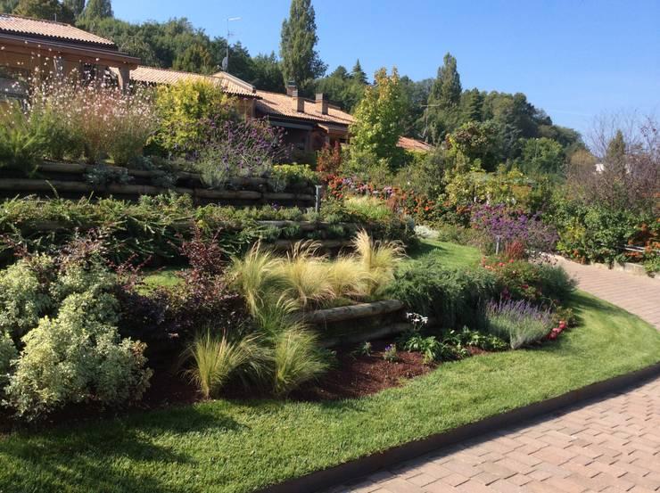 Jardines de estilo moderno de I Giardini di Anna