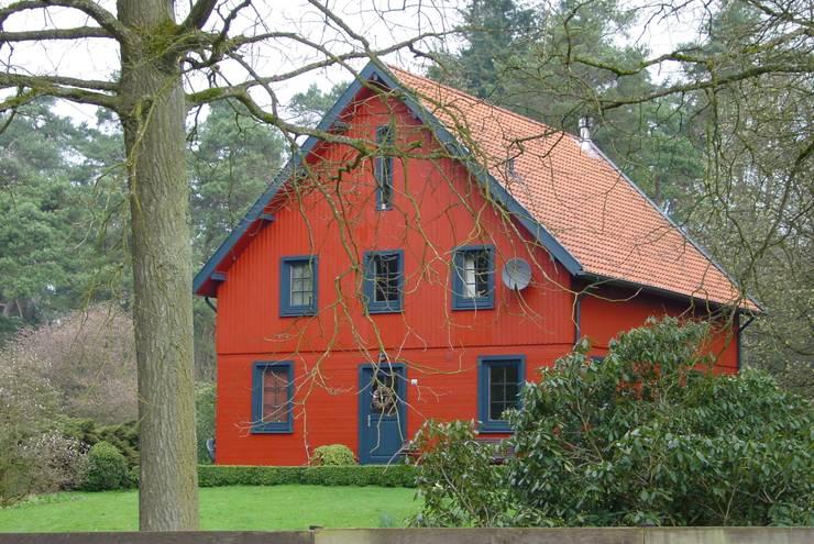 Woning te Hoenderloo:  Huizen door ScanaBouw BV, Landelijk