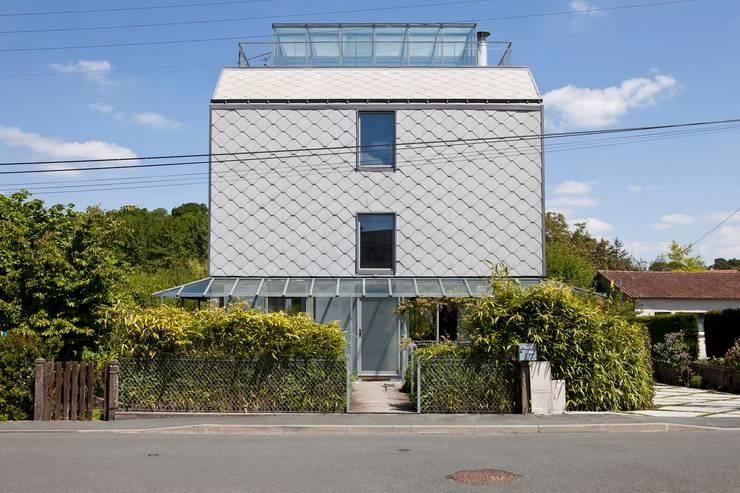 Les herbiers: Maisons de style  par Block Architectes