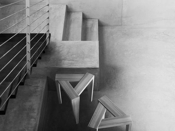 UKOS stołek: styl , w kategorii  zaprojektowany przez Iwona Kosicka Design,Skandynawski Drewno O efekcie drewna