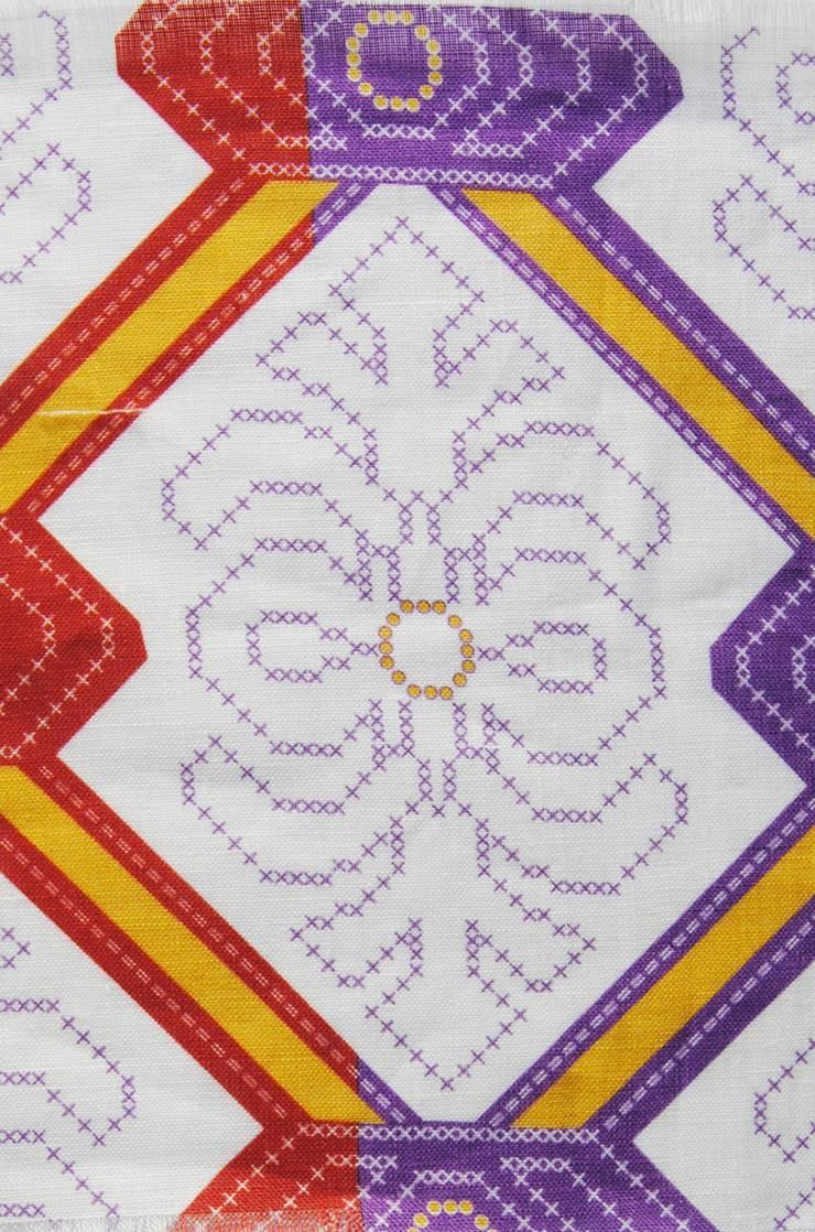 padrão 1- primavera alentejana: Casa  por tramadesign