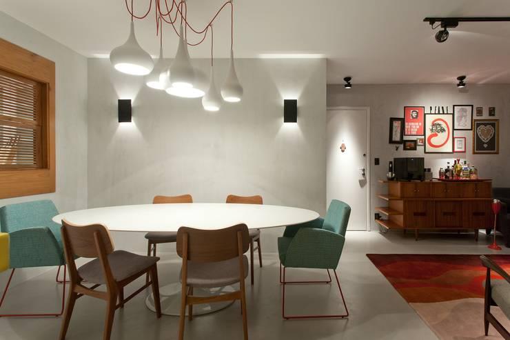RESIDÊNCIA VENDRAMIN: Salas de jantar  por felipe torelli arquitetura e design