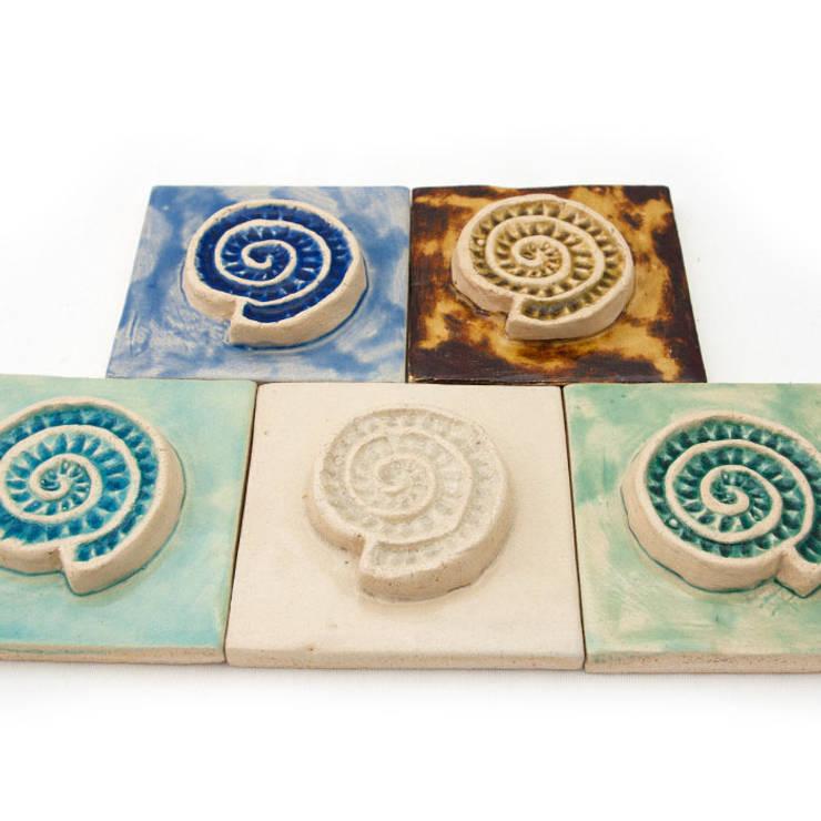 Dekory Amonity: styl , w kategorii  zaprojektowany przez Dekory Nati,Nowoczesny Ceramika