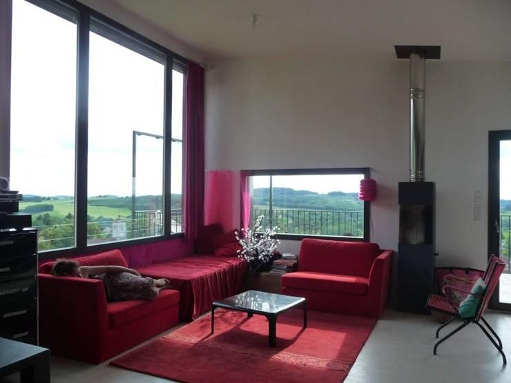 Salon: Salon de style de style Moderne par Thierry Marco Architecture