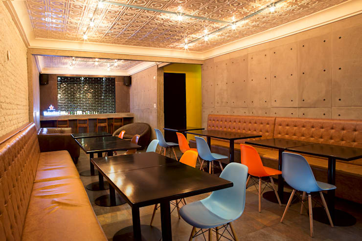 tom leal: Salas de jantar  por felipe torelli arquitetura e design,
