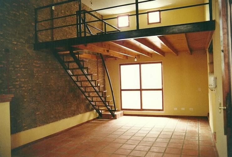 Salas / recibidores de estilo  por Arquitecto Oscar Alvarez