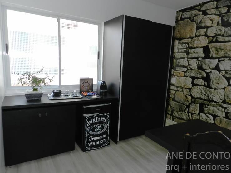ESCRITÓRIO ADVOCACIA: Espaços comerciais  por ANE DE CONTO  arq. + interiores