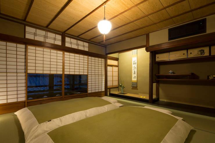 布団(Japanese Bedding / Futon): 株式会社高岡が手掛けたホテルです。