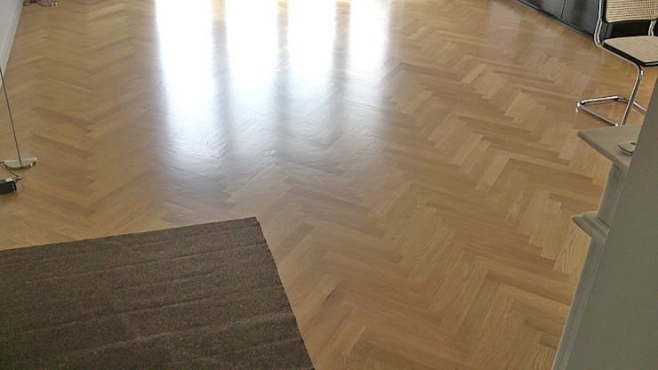 Parkiet drewniany klasyczny. Realizacja podłogi drewnianej w Zielonej Górze.: styl , w kategorii  zaprojektowany przez PHU Bortnowski,
