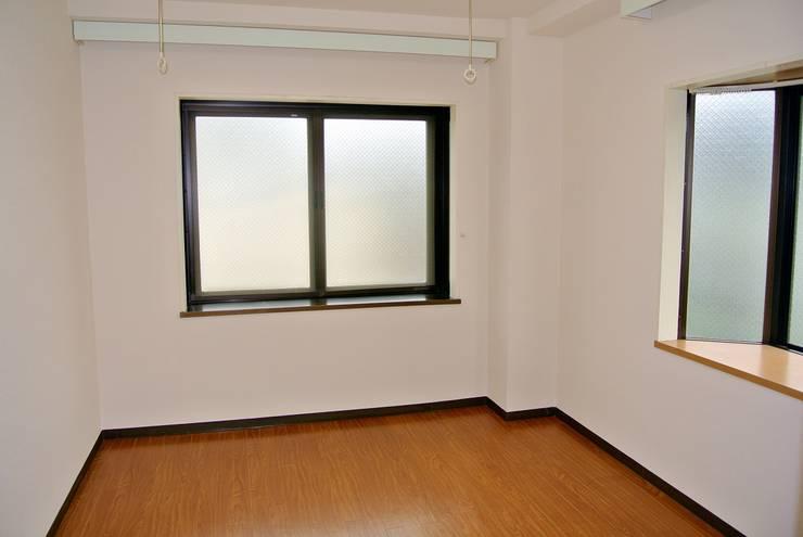 DIY実施前の室内: 和光建物株式会社が手掛けたです。