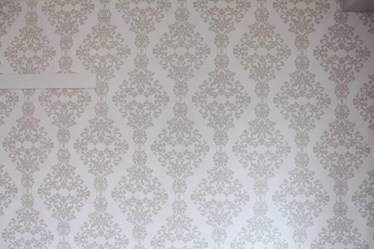貼って剥がせる壁紙実施後のお部屋: 和光建物株式会社が手掛けたです。