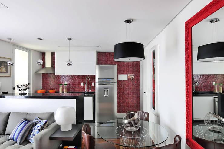 Comedores de estilo  por Mario Catani - Arquitetura e Decoração