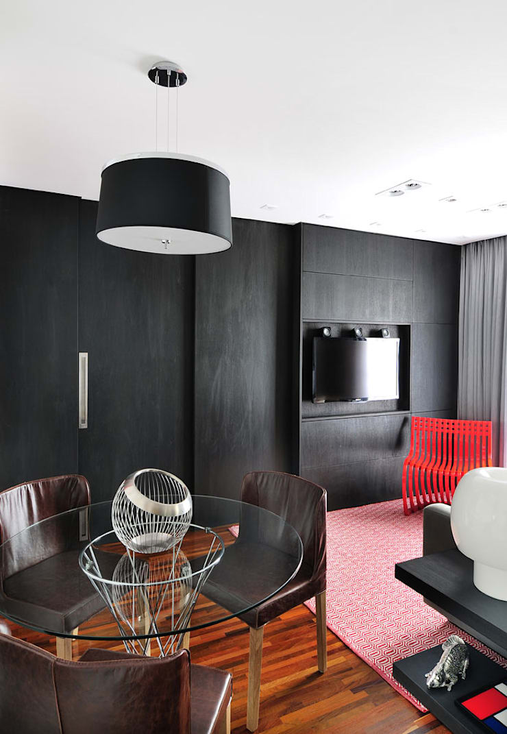 Apartamento no Campo Belo: Salas de estar  por Mario Catani - Arquitetura e Decoração
