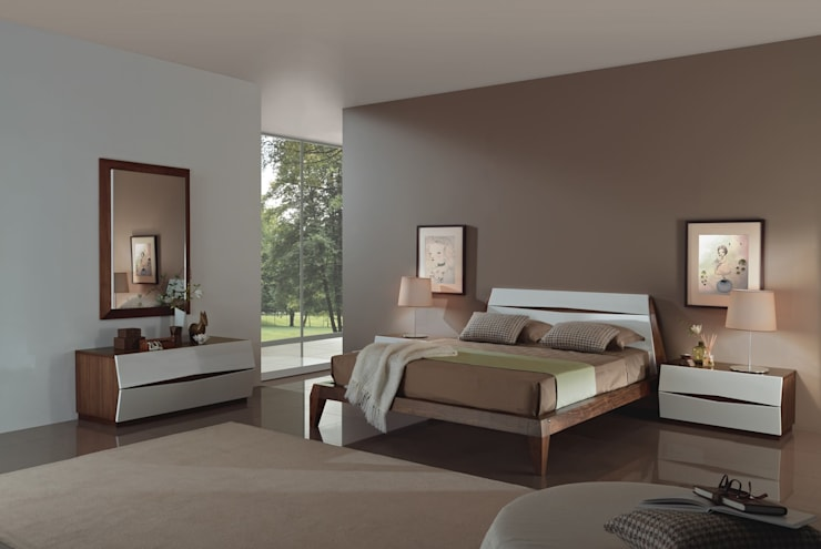 Mobiliário de quartos com design  Bedrooms furniture with design www.intense-mobiliario.com  Berlim B9 http://intense-mobiliario.com/product.php?id_product=8580: Quarto  por Intense mobiliário e interiores;