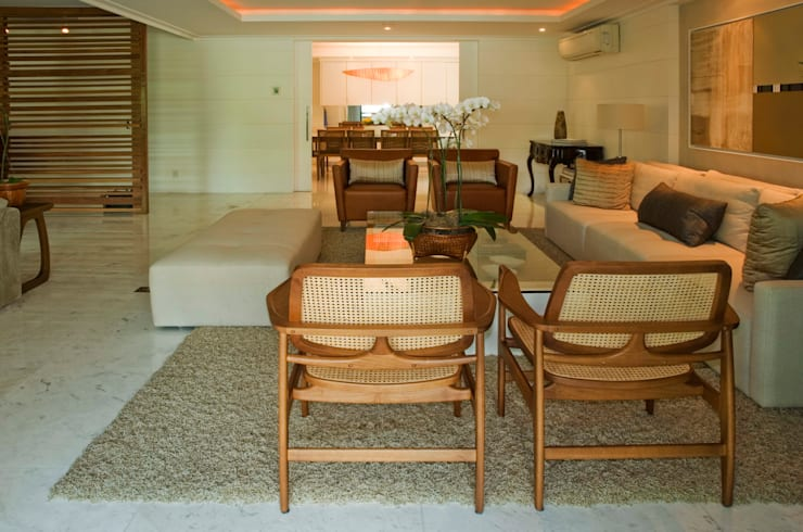 Residência PN Salas de estar clássicas por RAF Arquitetura Clássico