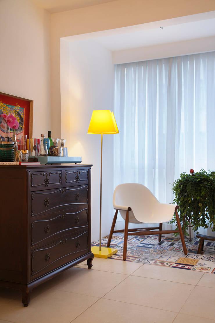 Apartamento Botafogo: Terraços  por Mariana Dornelles Design de Interiores,