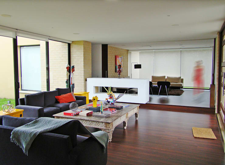 Casa H: Salas de estilo  por David Macias Arquitectura & Urbanismo
