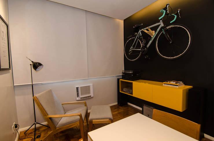 Residência Henrique Dumont: Salas multimídia  por LMartins Fotografia