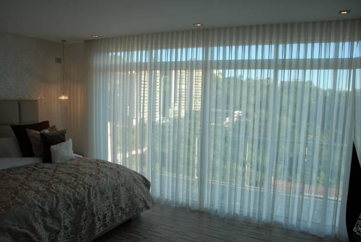 Dormitorios de estilo  por FergoStudio