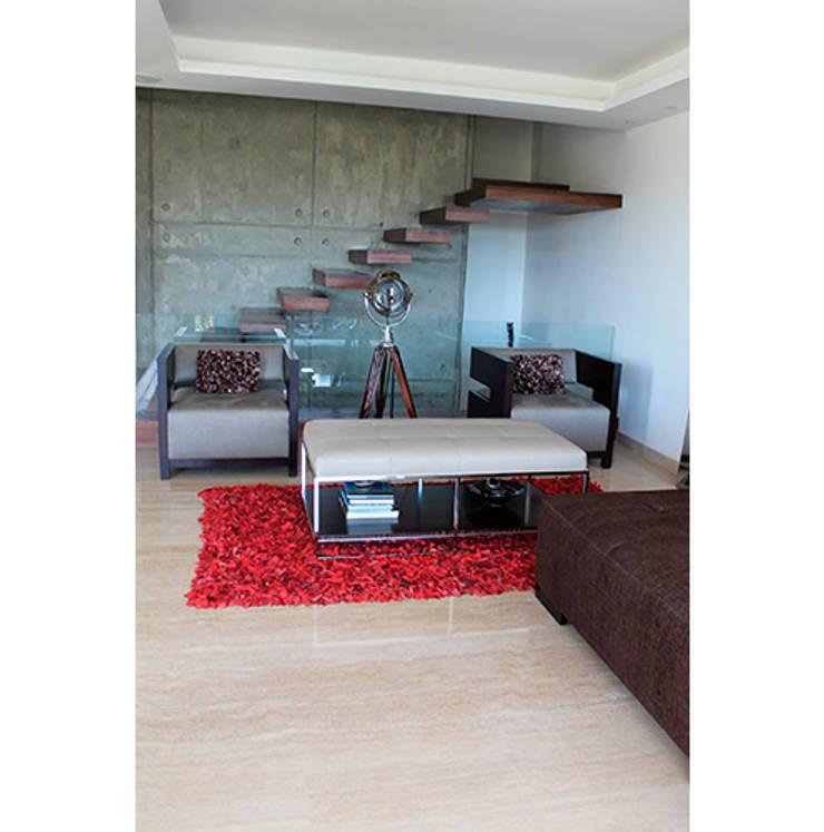 Casa El Hatillo II: Salas / recibidores de estilo  por Arquitecto Juan Pablo Fernandes