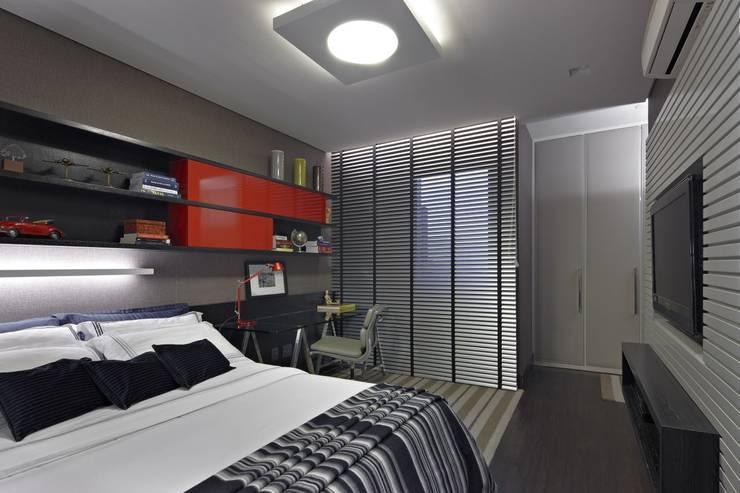 Apartamento AG: Quartos  por Gláucia Britto