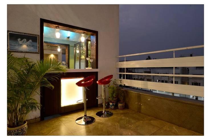 Jaiswal, Pune:  Terrace by CK Interiors Pvt Ltd