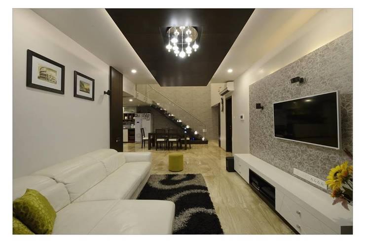 Jaiswal, Pune: modern Living room by CK Interiors Pvt Ltd