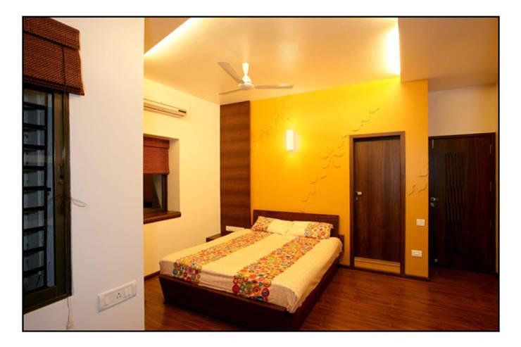 Konnur site:  Bedroom by CK Interiors Pvt Ltd