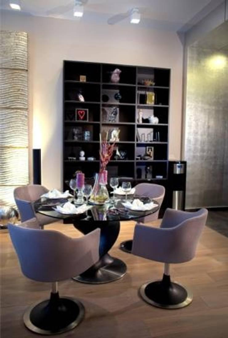 Квартира на Староильинской: Столовые комнаты в . Автор – Дизайн-студия «ARTof3L»