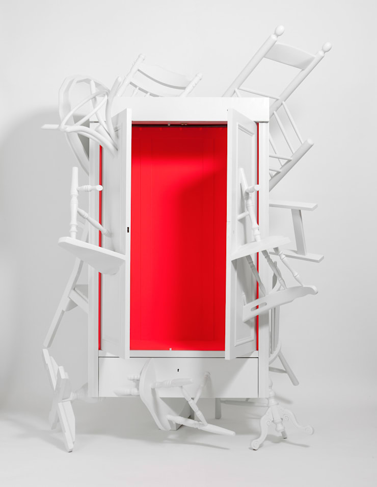 Trash Closet - front, open:  Kunst  door LUCAS & LUCAS