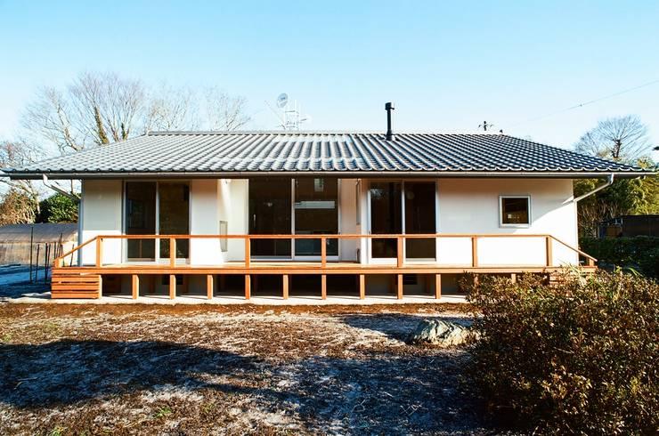 Houses by 麻生建築設計工房, Modern