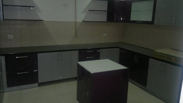 Kitchens designers-8streaks Interiors:  Kitchen by Eight Streaks Interiors
